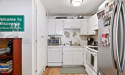 Kitchen, 2212 Harriet Ave 2, 1