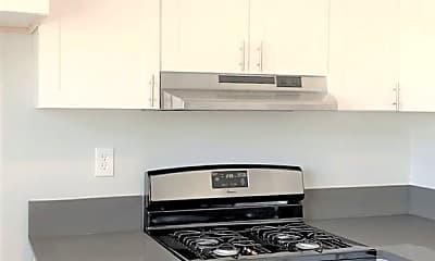 Kitchen, 935 N Washington Pl, 1