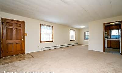 Living Room, 404 E Foster Rd, 0