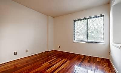Bedroom, 203 Yoakum PKWY #617, 1