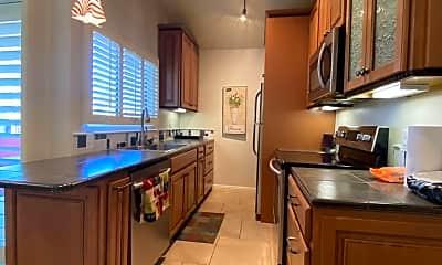 Kitchen, 5300 E Waverly Place M4113, 1