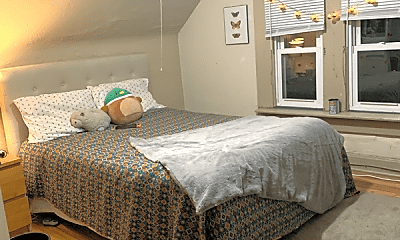 Bedroom, 2487 1/2 Indianola Ave, 1
