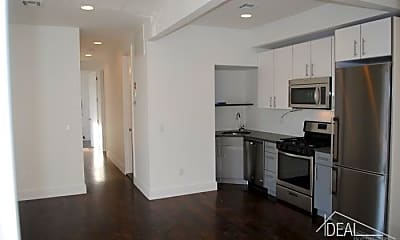 Kitchen, 3026 Tilden Ave, 1