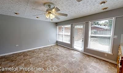 Living Room, 2718 Sweetbriar Rd, 0