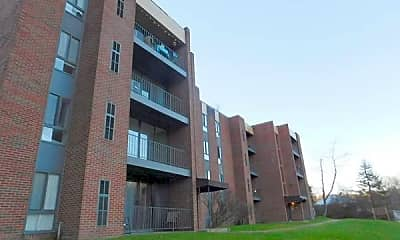 Building, 5050 Doyle Rd, 2