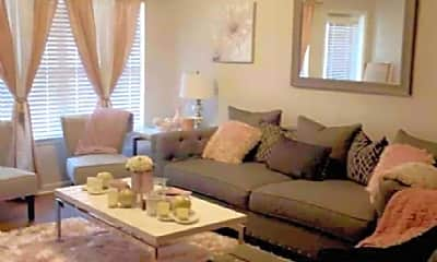 Living Room, 2800 Riverview Rd, 2