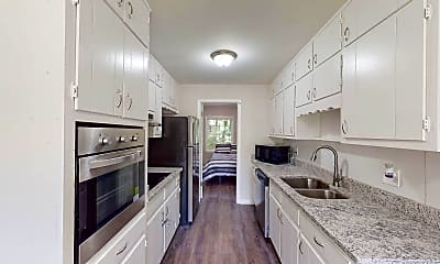 Kitchen, Room for Rent - College Park Home, 0