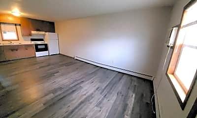 Living Room, 415 6th St N, 0