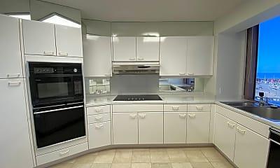 Kitchen, 415 South St, 1