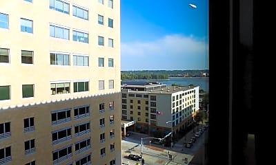 Building, 212 Brady St Parker, 1
