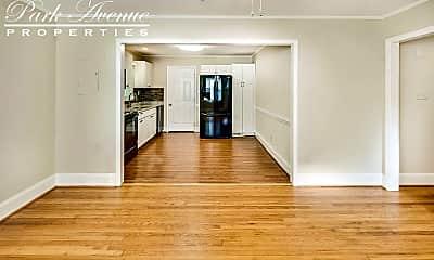 Living Room, 2312 Markham Ct, 2
