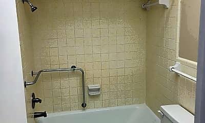 Bathroom, 197 116th Ave, 2