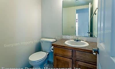 Bathroom, 2502 Milton Ln, 2