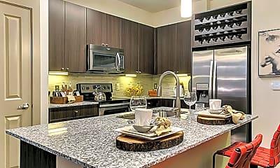 Kitchen, 1071 Lake Carolyn Pkwy, 2