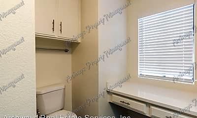 Bathroom, 8810 Etiwanda Ave, 2