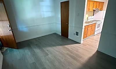 Living Room, 6125 N Mayfair St, 2
