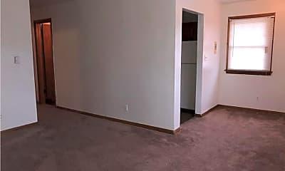 Bedroom, 2711 Leo St, 2