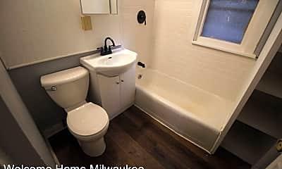 Bathroom, 2187 N 47th St, 2