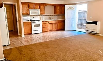 Kitchen, 2910 Fir Ave, 1