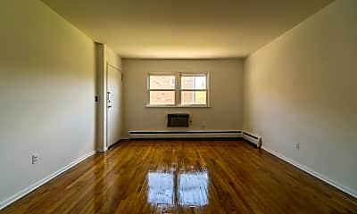 Living Room, 87 Elm Rd 10A, 2