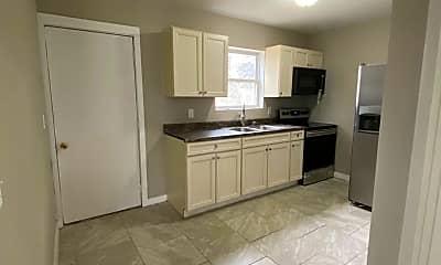 Kitchen, 2542 Dean Ave, 2