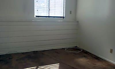 Bathroom, 844 N San Vicente Blvd, 2