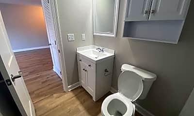Bathroom, 7620 Shawnee Mission Pkwy, 2