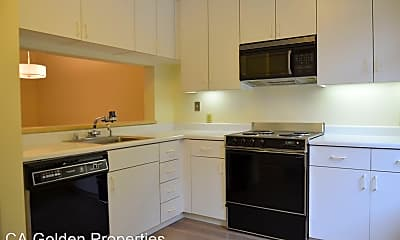 Kitchen, 2075 Sutter St, 1