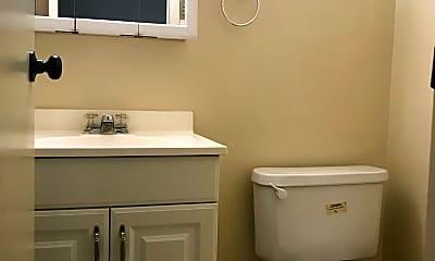 Bathroom, 1116 Anderson Dr, 2