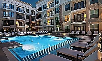 Pool, Allure, 2