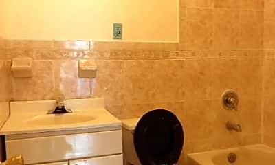 Bathroom, 112 Madison St, 2