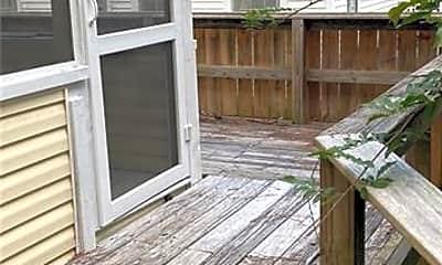 Patio / Deck, 1019 W Rowan St, 1