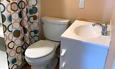 Bathroom, 6215 W Ost-West St, 2