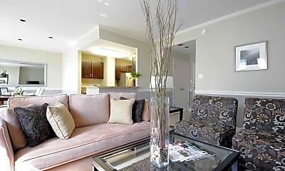 Living Room, The Belden-Stratford, 1