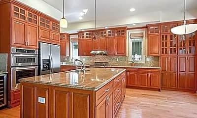 Kitchen, 510 gilbert ave, 1