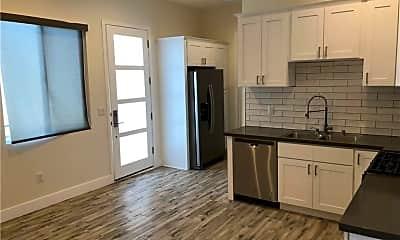 Kitchen, 7304 Woodley Ave, 0