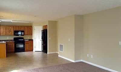 Living Room, 1515 N Wood Creek Drive, 1