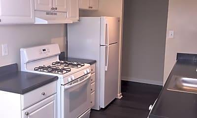 Kitchen, Parke Cheverly, 2