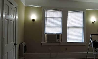 Bathroom, 1819 Cedardale Ave, 2