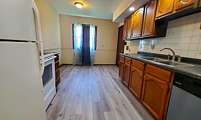 Kitchen, 1009 N 30th St, 1