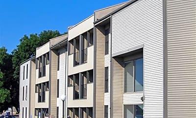 Building, Woodlake Apartments, 0