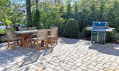 Patio / Deck, 20 Browns Ct, 2