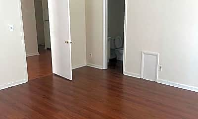 Bedroom, 356 Broad St, 1