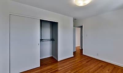 Bedroom, 2245 18th St, 2