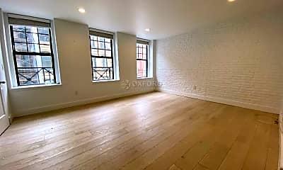 Living Room, 147 Duane St, 0