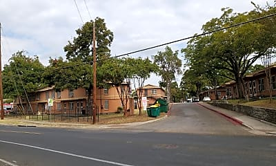 Rosewood Courts Apartments, 0