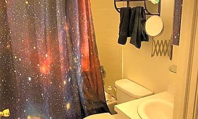 Bathroom, 516 Christian St, 1