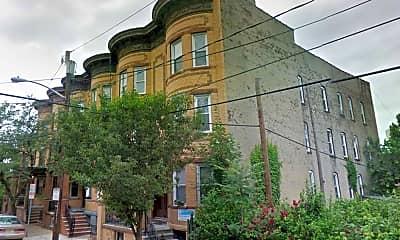 Building, 7 East St 4, 0