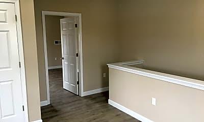 Bedroom, 1054 N George St, 2