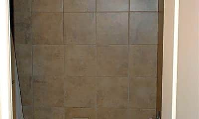 Bathroom, 2626 N Arroyo Ave 2, 2